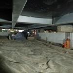 浦安市入船地区内 延べ床面積 約180㎡ ジャッキアップ状況 個別のジャッキで息を合わせての作業です。要作業計画