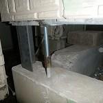 ジャッキアップ完了 最大アップ量 210㎜ アンカーボルトの接合は建物の耐震上重要事項です。規定の強度の接合が必要です。